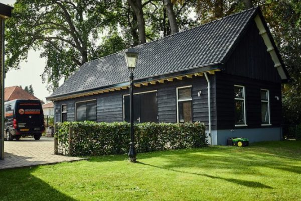 Schuur zwart Zweeds rabat Hendriksen Bouw