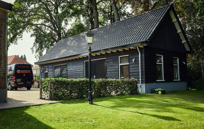 Betere Schuur zwart Zweeds rabat - Hendriksen Bouw EO-82